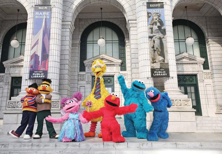 เด็กๆ ทุกคนได้พบเจอตัวการ์ตูนที่ชื่นชอบจากหนังโปรด Sesame Street ได้ที่ Universal Studios Singapore