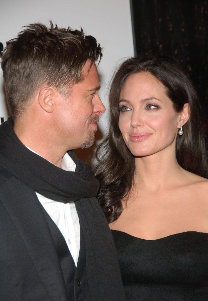Angelina-And-Bradpitt-Divorce_01