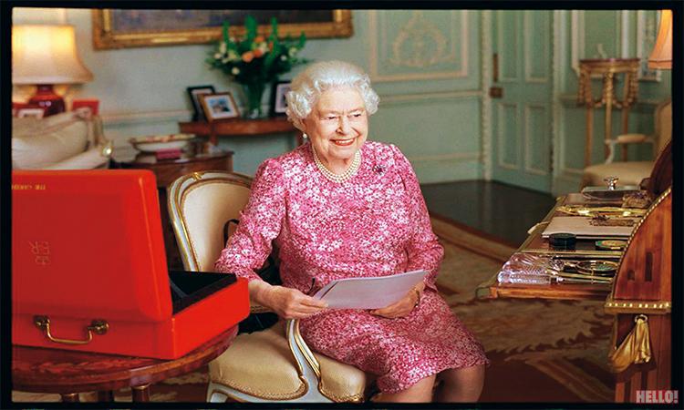 Queen-Elizabeth-II_03