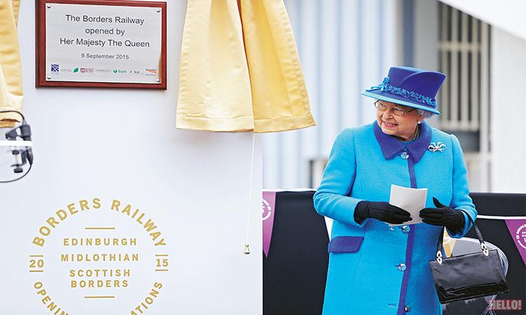 Queen-Elizabeth-II_05