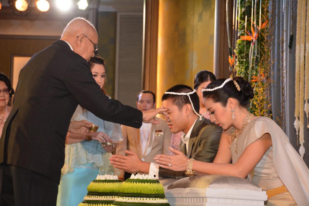 champs-dusitthanidescendants-wedding (3)