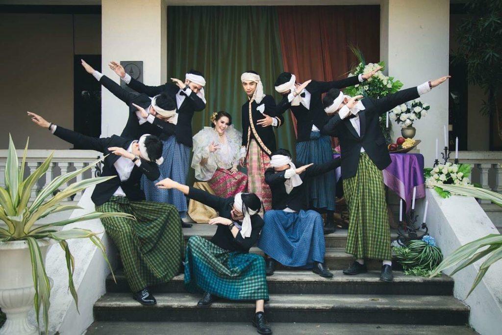 ตระการตางานแต่งงานสไตล์ล้านนา-โคโลเนียล 'ทายาทพิพิธภัณฑ์ผ้าโบราณสบันงา'