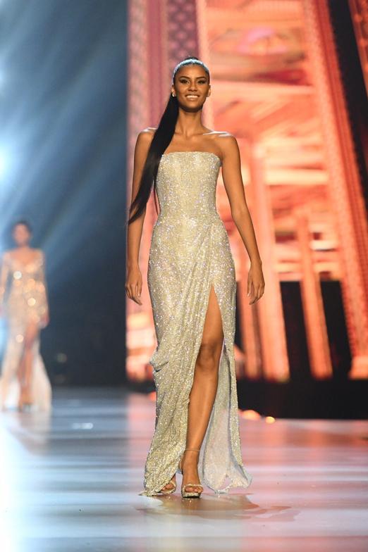 Miss Universe 2018, นางงามจักรวาล, มิสฟิลิปปินส์, แคทรีโอนา เกรย์, แทมาริน กรีน, เอสเตฟานิ กูติเอร์เรซ, เห่อแฮน เนีย, เกียรา โอร์เตกา