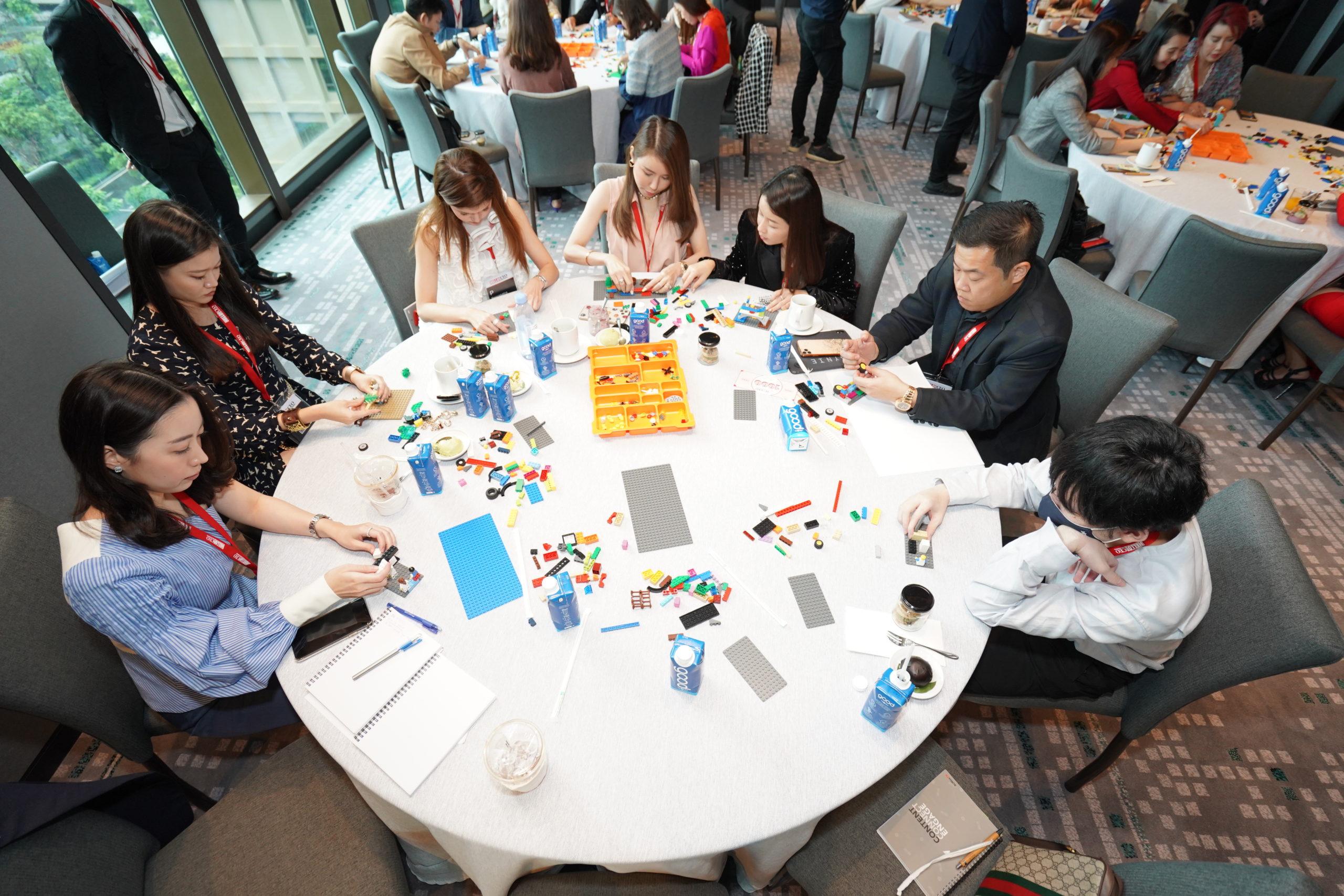 Hello! CEO branding ค้นพบจุดเข็งของ Personal branding กับกิจกรรม Lego serious play